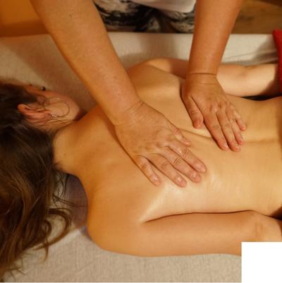 Masszázs terápiás kezeléssel thumbnail